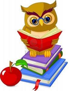 7256532-buho-sabio-de-dibujos-animados-sentado-en-el-libro-de-pile-y-manzana-roja